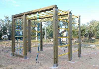 Torrette con scivolo, ad uso pubblico, scuole, comunali, giardini pubblici