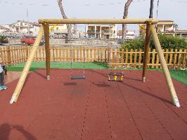 altalena uso pubblico, giardini comunali, uso pubblico
