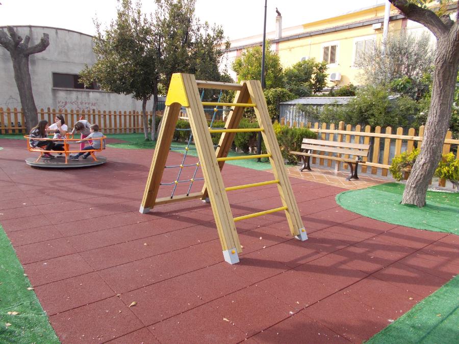 Arrampicata, scala a pioli, gioco bambini, arredo urbano, parchi giochi in legno,