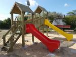 Torri da gioco con scivolo e altalena, uso pubblico, certificato tuv, en1176, arredo urbano, giochi in legno bambini, spazi comunali